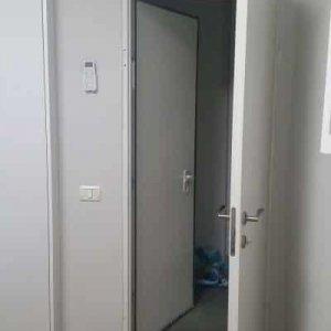 דלת פנימית נוספת לדלת ממ